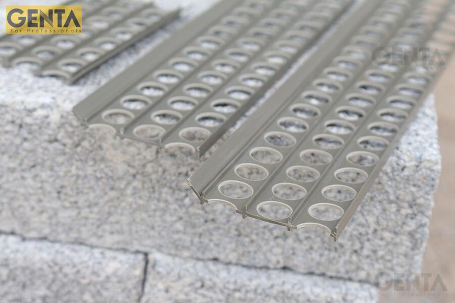 Hình thực tế nẹp góc trát tường P-G300