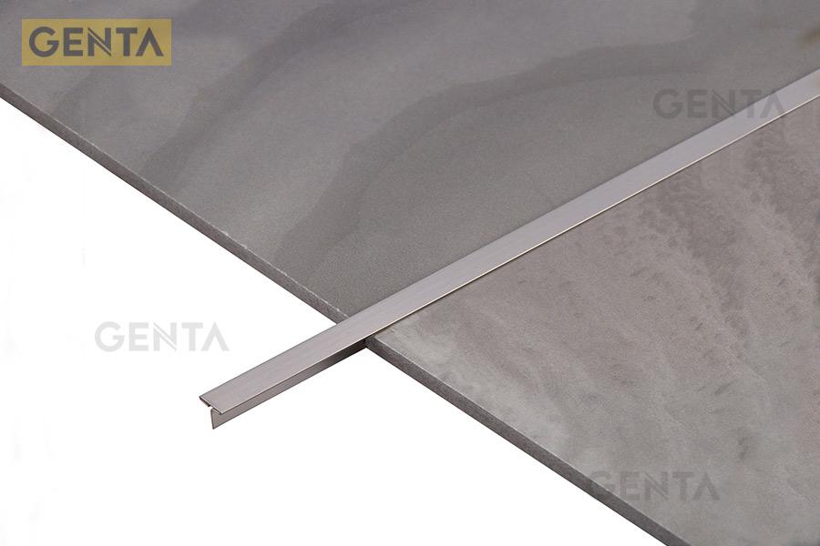 Nẹp T inox S-T66 tạo đường chỉ sắc nét dùng để xử lý khe hở khi thi công