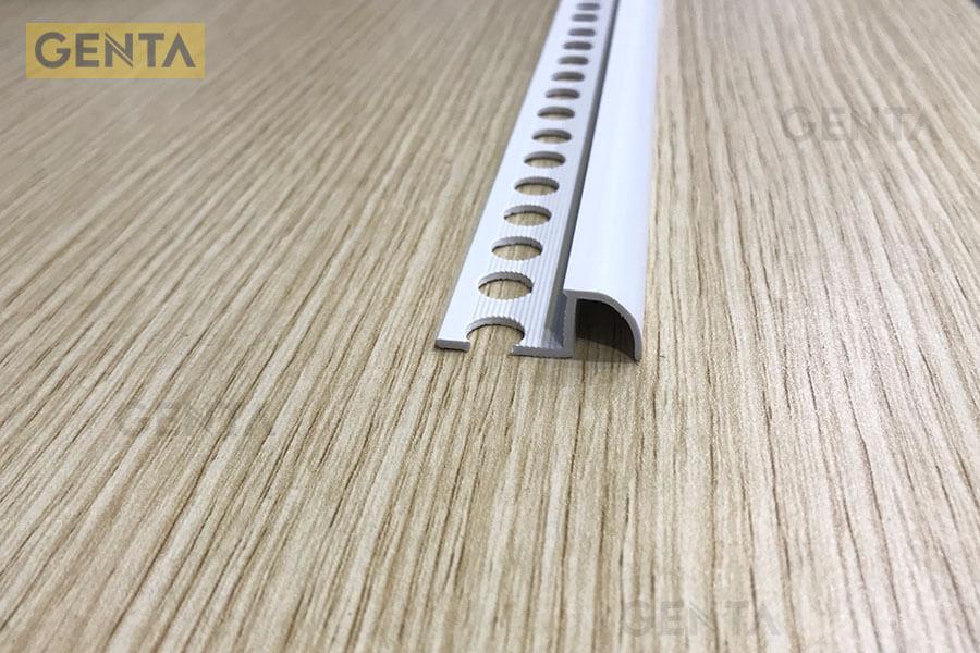 Nẹp bo góc tròn T-10 (W) giúp hạn chế sứt mẻ gạch ốp lát