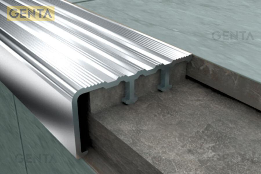 hình ảnh nẹp nhôm chống trượt cầu thang SNAP4020