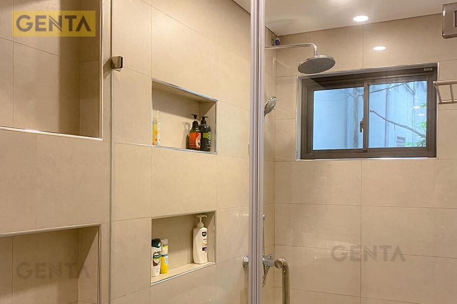 Phòng tắm sử dụng nẹp góc nhôm ATR100