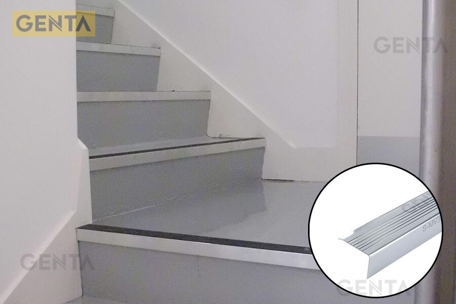 Nẹp cầu thang inox có độ bền cao, màu sắc nổi bật