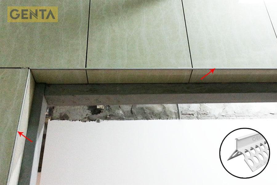 Ứng dụng nẹp AW3-10 vị trí cửa ra vào