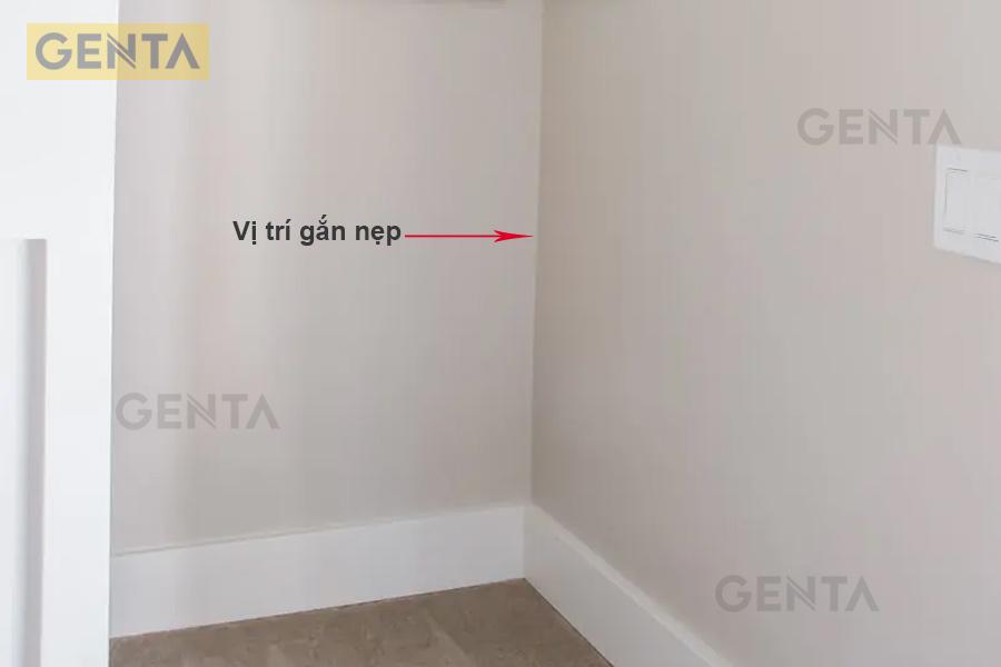 Dùng nẹp góc âm cho góc cạnh tường