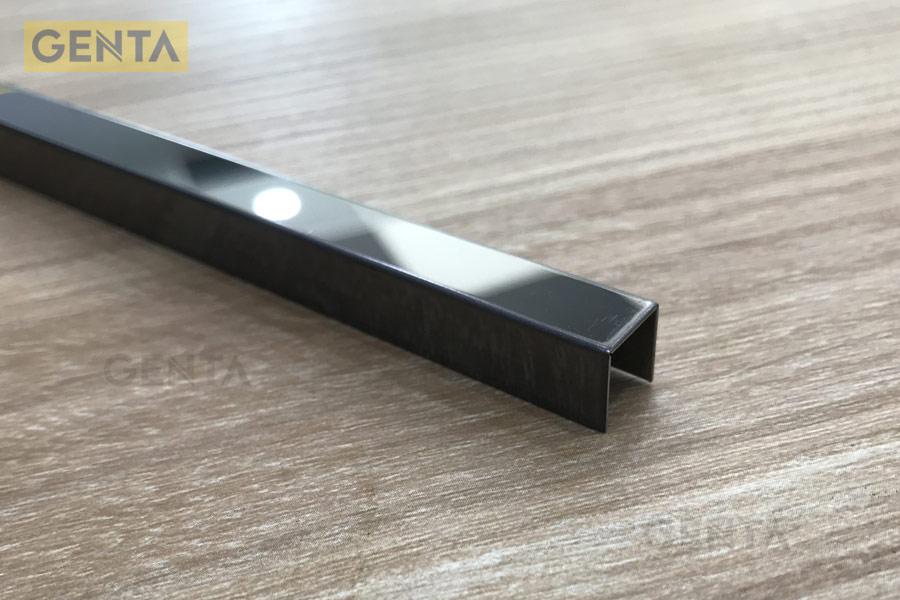 Hình ảnh nẹp S-U10 đen bóng