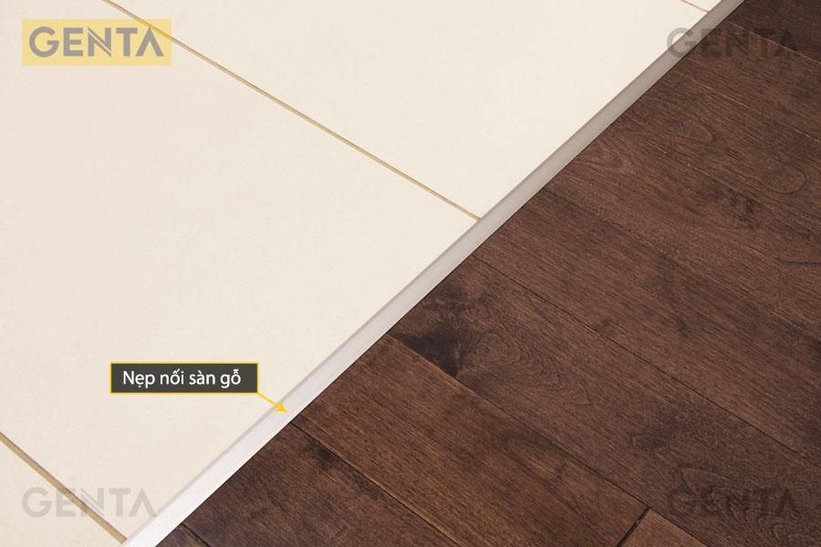 Nẹp nối sàn gỗ sử dụng tại vị trí sàn gỗ giao với sàn gạch
