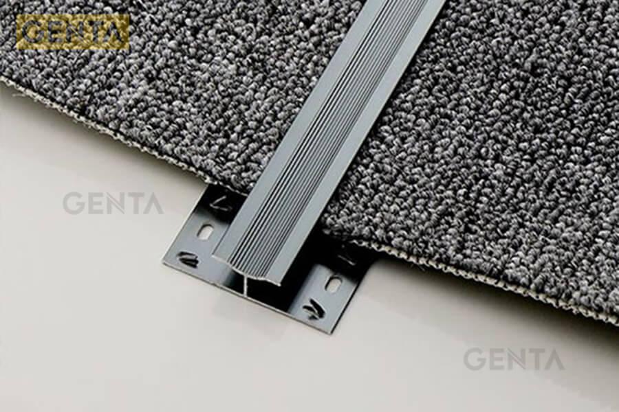 Hình ảnh thực tế của nẹp thảm nhôm chữ H do GENTA cung cấp